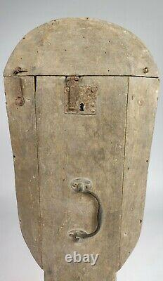 A Rare Late 17th Early 18th Century Holster Violin case