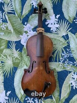 Old Vintage Amati Violin 4/4 Antique beautiful flamed one pc back
