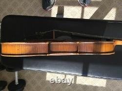 Old antique vintage violin 1746
