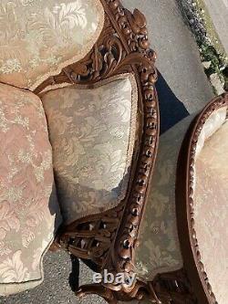 Ancienne 1920s Française Canapé & Chaise Sculpté Oiseaux Victoriens Violon Silk Bombay Rose