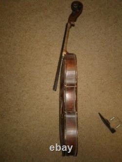 Full Size Vintage Très Antique Fine Old Violin