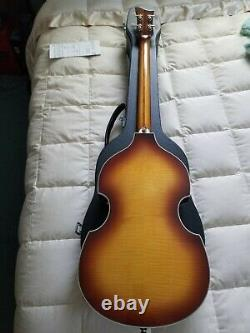 Hofner Hct-500/1-sb Beatle Bass Vintage La Bella Plats, Tasses À Thé Et Cas Dur