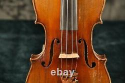 Un Vieux Violon Antique Vintage Avec L'étiquette Italienne De Testore! Écouter L'échantillon