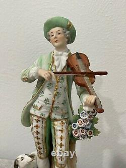Vieux Vieil Allemand Sitzendorf Figurine De Porcelaine Homme Avec Violon Et Chien