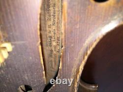 Vieux Violon Antique De Cru En 1746